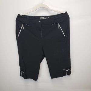 Jamie Sadock Knee Length Bermuda Golf Shorts